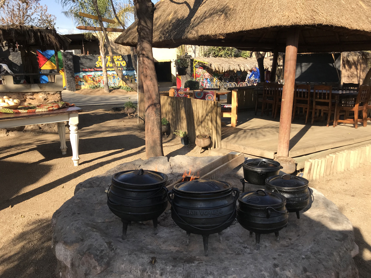 slapen in soweto township - lebo soweto backpackers